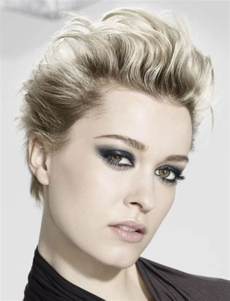 Top 30 Short Haircuts & Hairstyle ideas for Women ? HAIRSTYLES