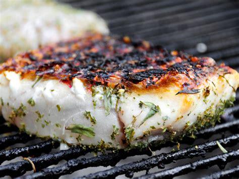 simple grilled halibut recipe dishmaps