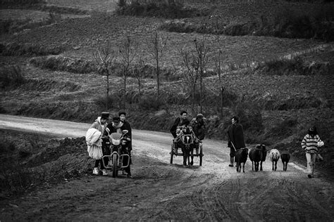 dragon boat festival 2017 ware photographers capture daily life of mountainous yi people