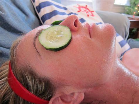 hydration mask diy 3 simple diy hydrating masks the
