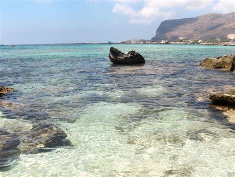 favignana turisti per caso favignana cala azzurra sicilia italia viaggi vacanze
