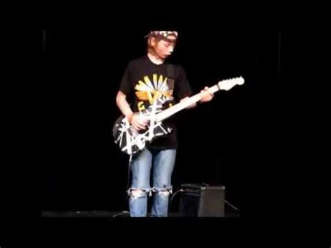 sinners swing van halen 6th grader evan plays quot sinner s swing quot by van halen youtube