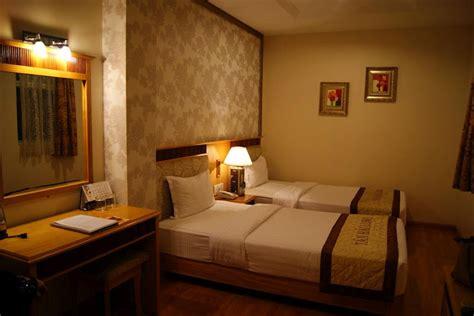 wallpaper bilik cantik miles of smiles hotel tan hai long ho chi minh vietnam
