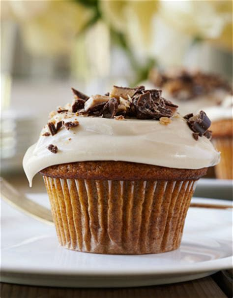 ina garten cupcakes ina garten s pumpkin cupcakes with maple frosting places