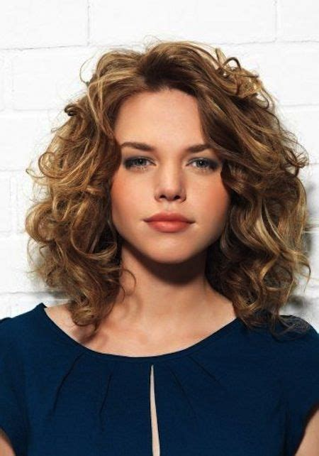 cury layered hairstyles for 9 years 20 layered hairstyles for curly medium length hair