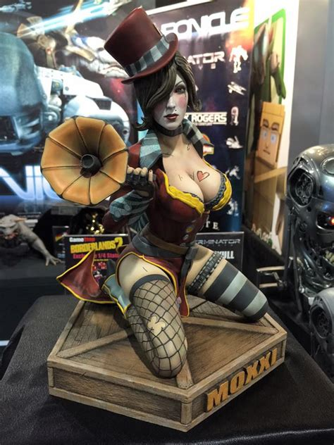 borderlands 2 figures closer look at borderlands 2 moxxi by chronicle