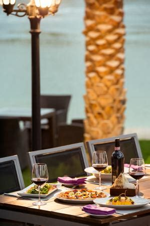 gabbiano restaurant gabbiano italian restaurant outdoor seating picture of
