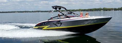 formula boats michigan boats dealer bowriders cruisers yachts lakeside formula