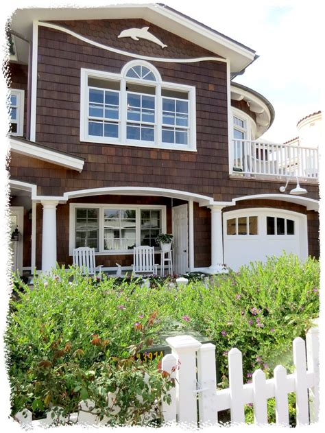 beach house exterior color schemes with beautiful garden 107 best beach house exterior colors images on pinterest
