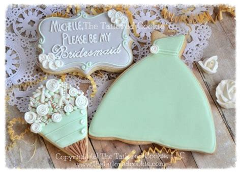 Wedding Favor Idea Sted Shortbread Cookies by Best 25 Bridesmaid Cookies Ideas On