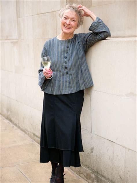 basic wardrobe for mature women 21 fantastic dresses for elderly women playzoa com