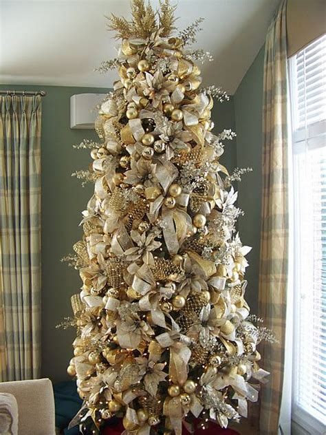 white and gold decorated trees 44 refined gold and white d 233 cor ideas digsdigs
