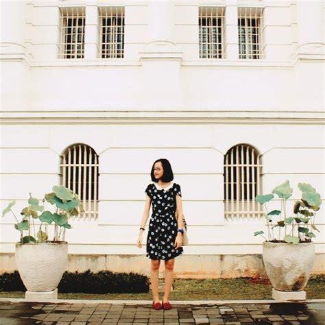 Dijamin Maxi Bunga Besar dress tak melulu feminin lho 9 style dress simpel yang bisa dicoba oleh si tomboy