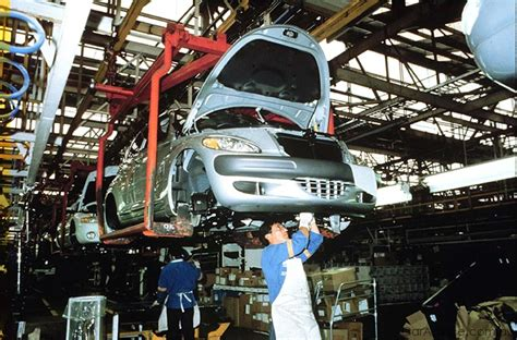 Chrysler Factories by Uaw Hourly Workers Approve Chrysler Contract