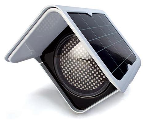 The Solar Traffic Light Solar Powered Traffic Light