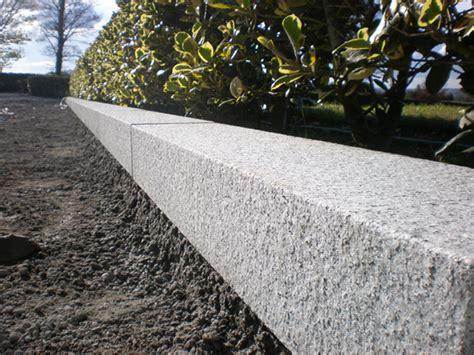 cordoli in pietra per giardini cordoli di pietra granite line d o o