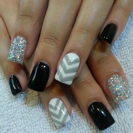Simple Nail Images by 30 Simple Nail Designs For Summers Inspiring Nail