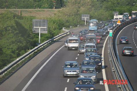 web autostrada a1 autostrada a1 incidente stradale fiorenzuola fidenza