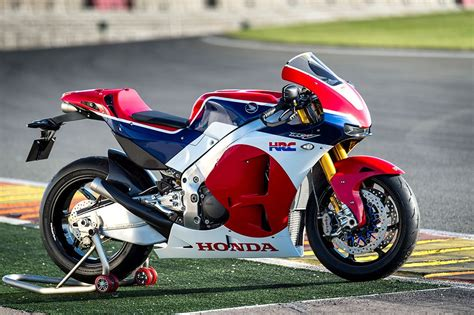 FIRST RIDE REPORT: Honda RC213V S   MCN