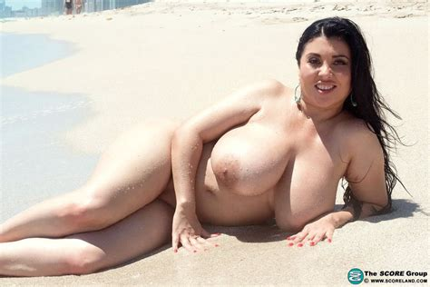Daylene Rio Nude Boobs Photos