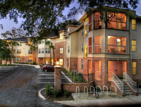 Florida Housing Org by Luxury Dorms Vs Traditional Of Florida Dorms