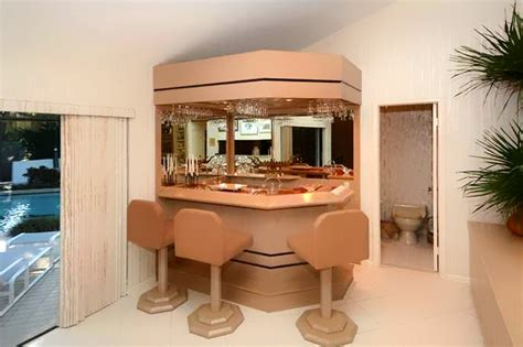 1980s interior design 1980s interior design trend plants mirror80