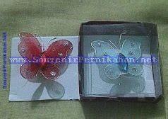 Souvenir Bros Kupu Kupu Emas bros cantik untuk souvenir pernikahan souvenir pernikahan