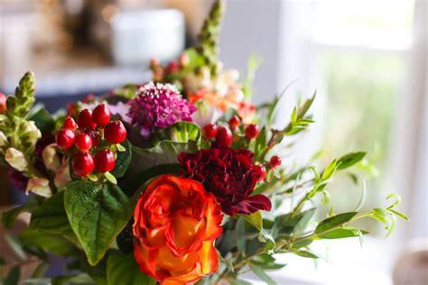 flower arranging basics flower arrangement tips back to basics love renovations