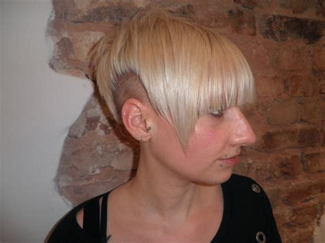 hairwebde foto galerie kunden undercut nuernberg