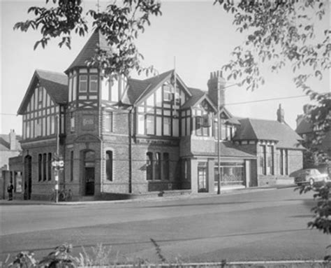 swinging arm birkenhead wirral memories pub