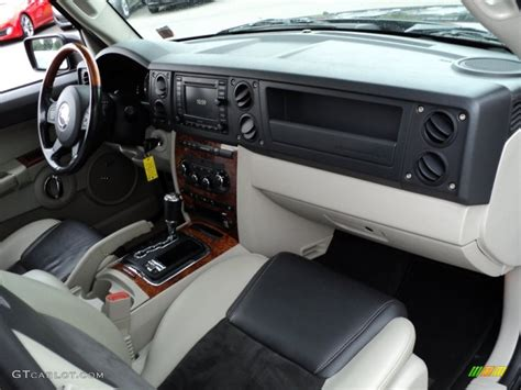 jeep commander 2013 interior jeep commander interior dimensions 2017 2018 best cars