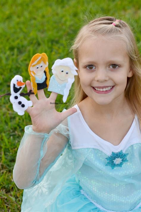 printable frozen finger puppets frozen finger puppet patterns the idea room