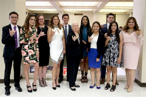 Utep Mba Program by The Prospector Utep S 2017 Top 10 Seniors