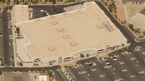 lowes tucson az valencia dead and dying retail closed kmart stores in arizona