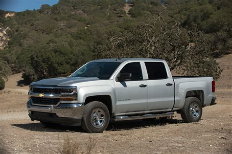 2017 chevrolet silverado 1500 reviews and rating motor trend