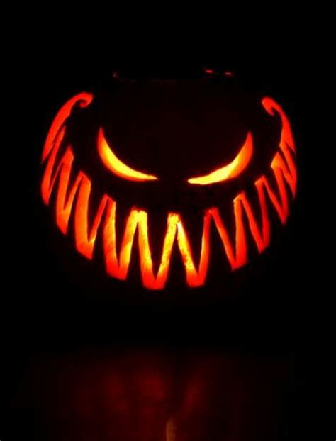 39 fresh pumpkin carving ideas that won t leave you indifferent digsdigs