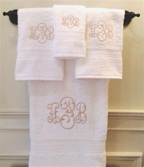 monogrammed bath towels monogrammed bath towel sets signature monogram towels