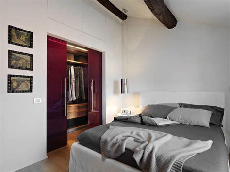 ristrutturare da letto ristrutturazione di una mansarda a la spezia moderno