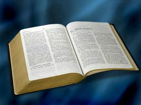 libro orando la biblia la biblia es el libro de mayor venta impacto evangel 237 stico noticias cristianas