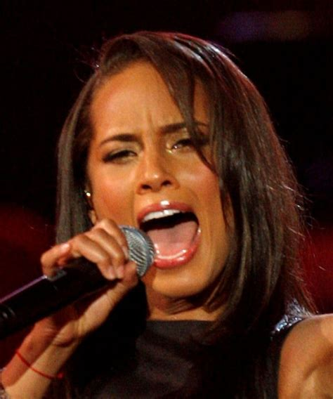 alicia keys tongue alicia keys tongue superficial gallery