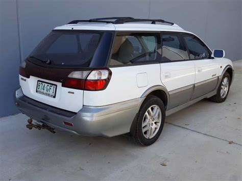 white subaru wagon automatic subaru outback wagon white 2001 7 used vehicle