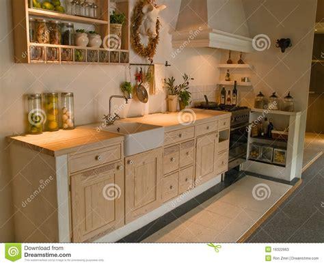 land kitchen styles de moderne neo klassieke keuken het ontwerp houten