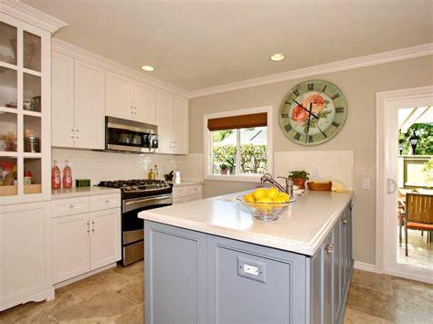 cottage kitchen islands photo page hgtv