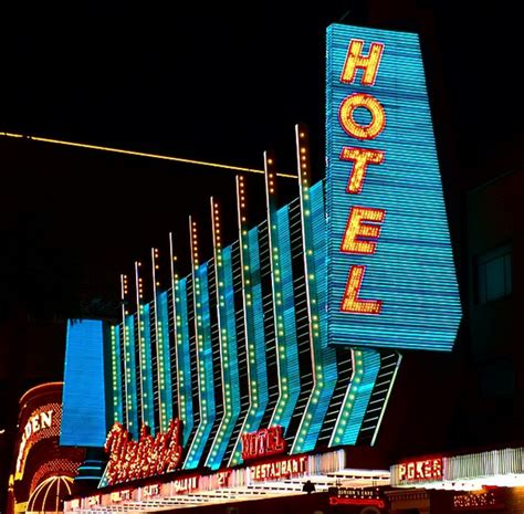 Design Inspiration Las Vegas | walls360 blog 187 las vegas design inspiration neon signs