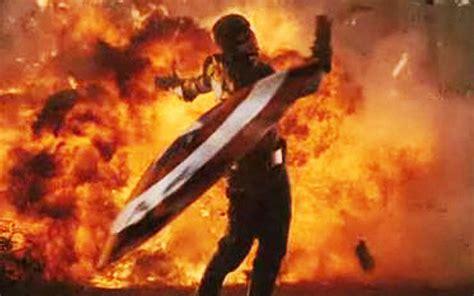 Captain America Throwing Shield Wallpaper | toylab cool pix captain america in the mcu toylab