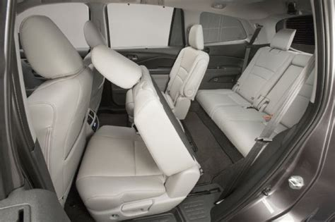 how to fix cars 2006 honda pilot seat position control the 8 coolest features on the 2016 honda pilot