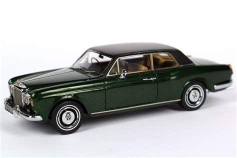 bentley racing green 1 43 bentley corniche coup 233 racing green gr 252 n