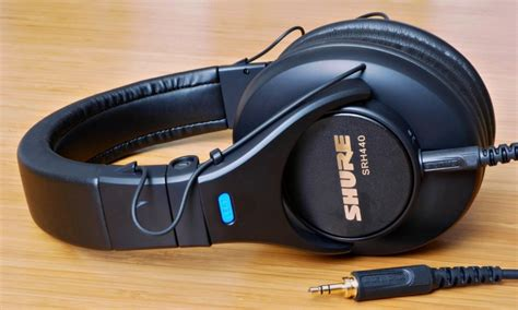 Shure Headphone Srh440 Black headphone shure srh440 01