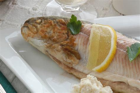 cucinare le trote al forno trote al forno come cucinare questo sfizioso pesce al fonro
