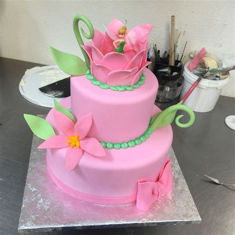 Tinkerbell Baby Shower Ideas by Tinker Bell Baby Shower Cake Baby Shower Cakes